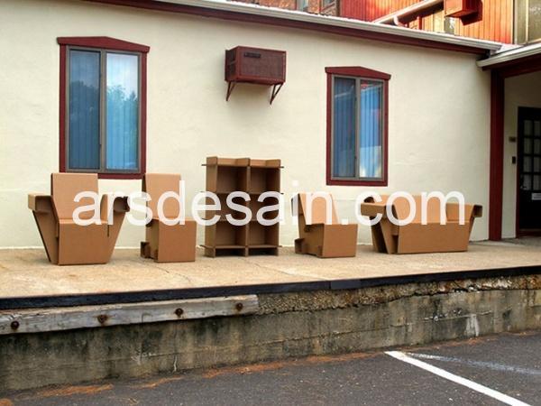 Refoldable Cardboard Furniture 01