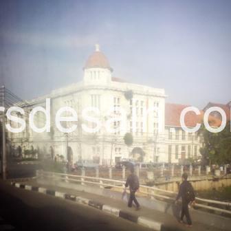 Transjakarta Bus Foto Kota Tua 04